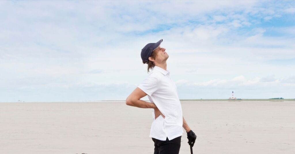 Golfing and Back Pain – The Serious Connection